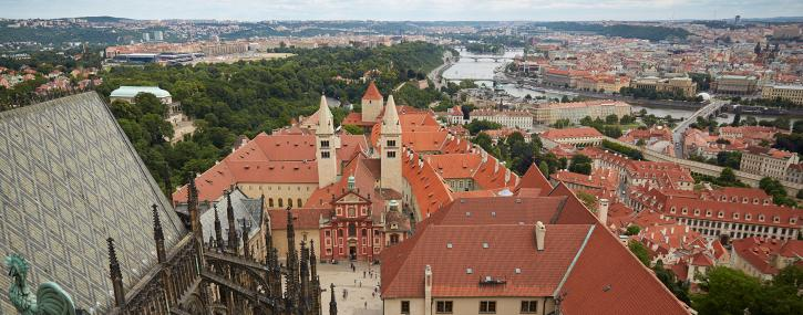 feel-royal-at-prague-castle-in-hrad